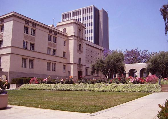 Bridge Laboratory, a physics building in Caltech, Pasadena, Calif., May 2007.