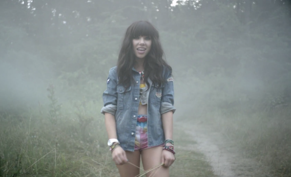 """Carly Rae Jepsen """"Good Time"""" video with Owl City: Watch it here"""