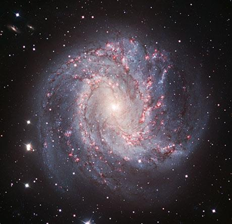 Spiral galaxy M83 in visible light.