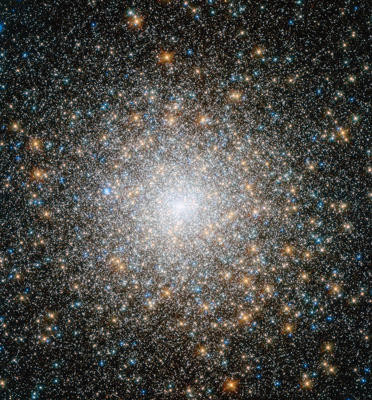 New Hubble image of star cluster Messier 15