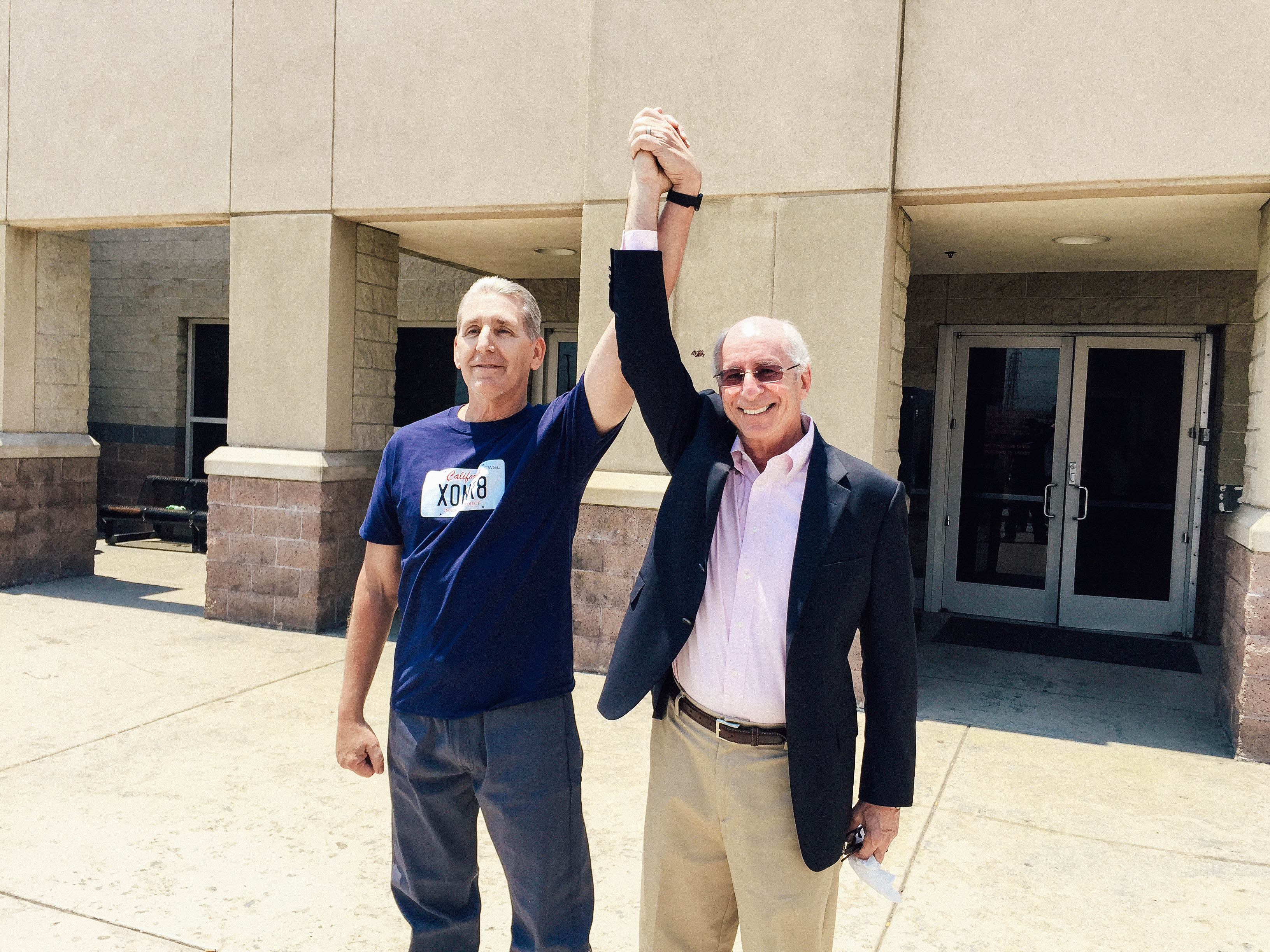 Bill Richards with his attorney, Jan Stiglitz, on the day that Richards was released.