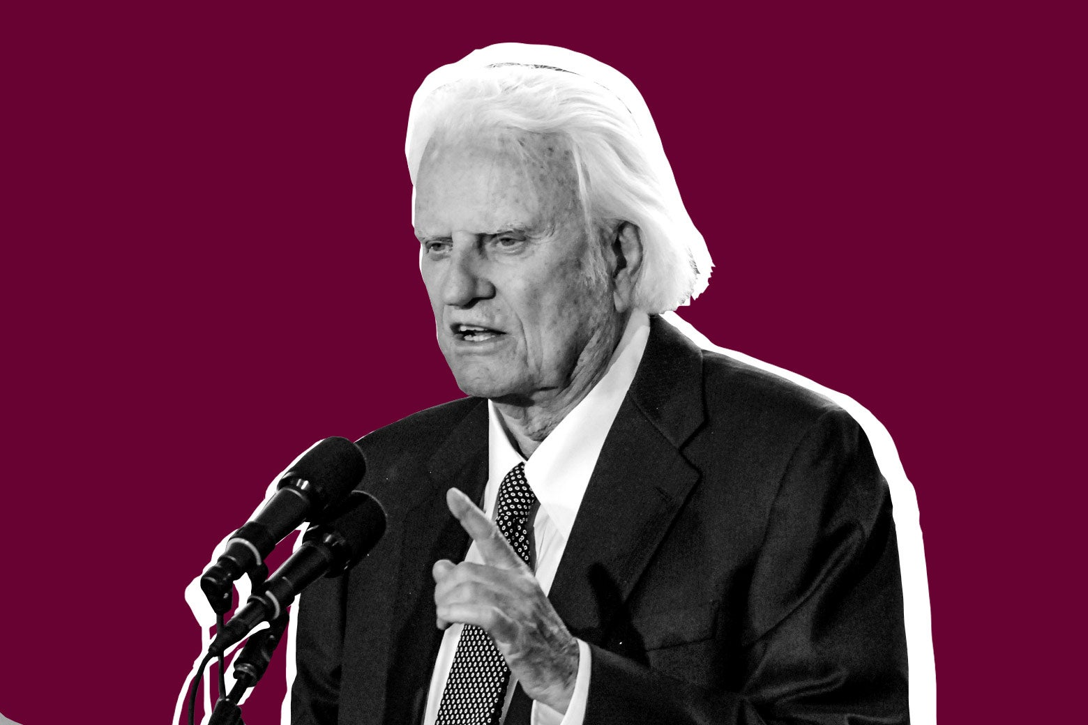 Billy Graham addresses the audience from the stage during the Billy Graham Library dedication service on May 31, 2007, in Charlotte, North Carolina.