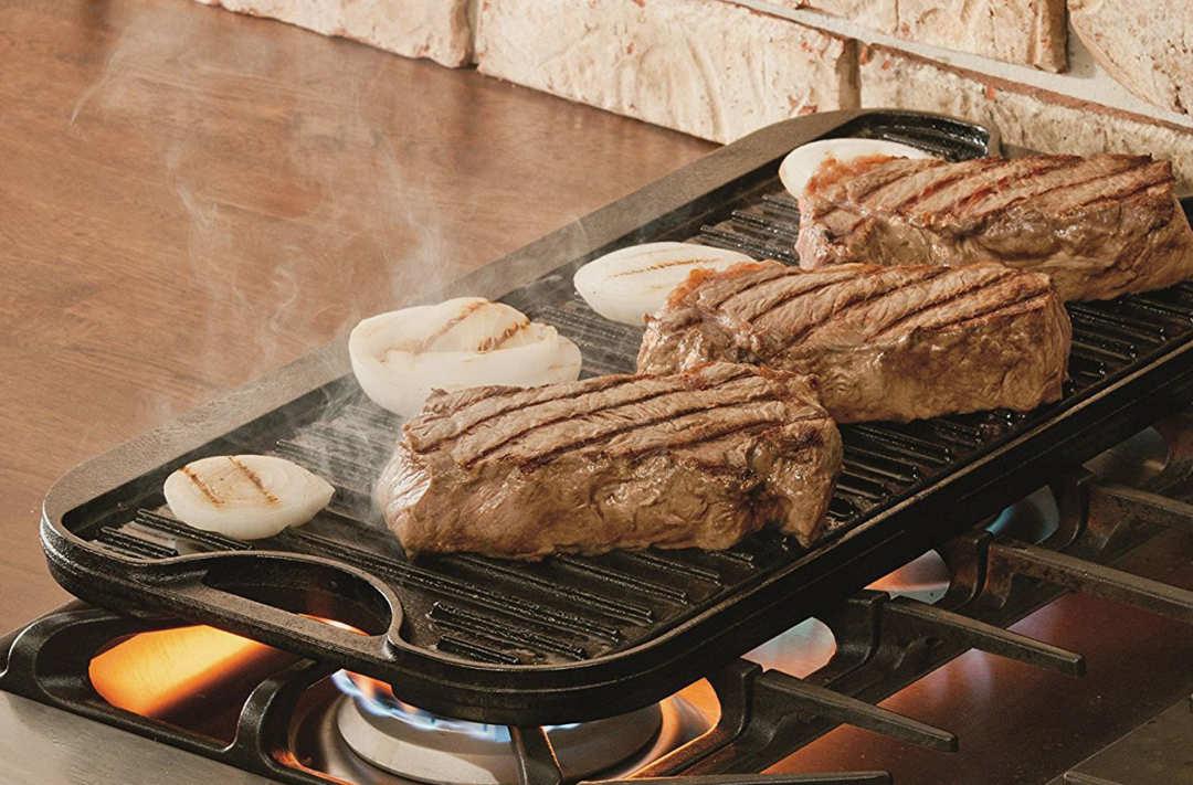Lodge LPGI3 Cast Iron Reversible Grill/Griddle.