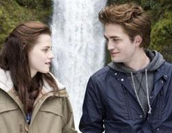 Kristen Stewart and Robert Pattinson in Twilight. Click image to expand.