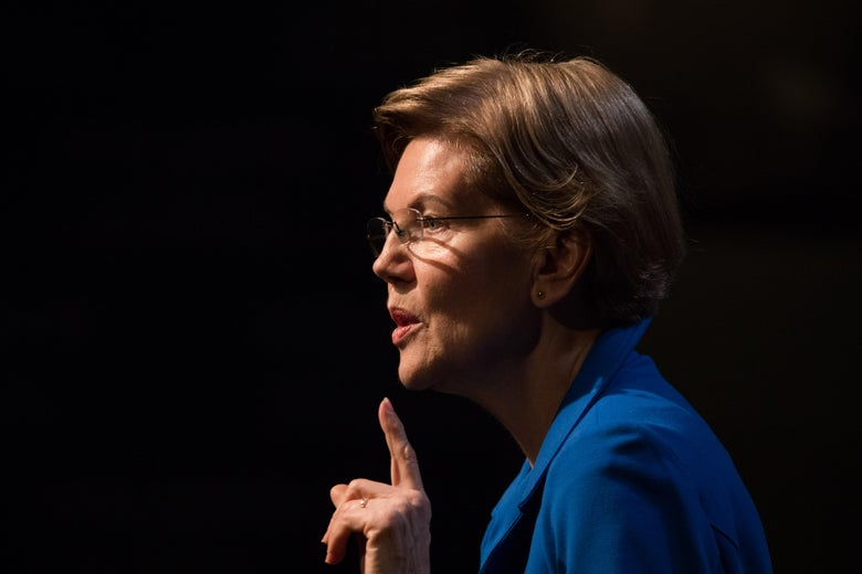 Elizabeth Warren delivers an economic policy speech in New Hampshire on Thursday.