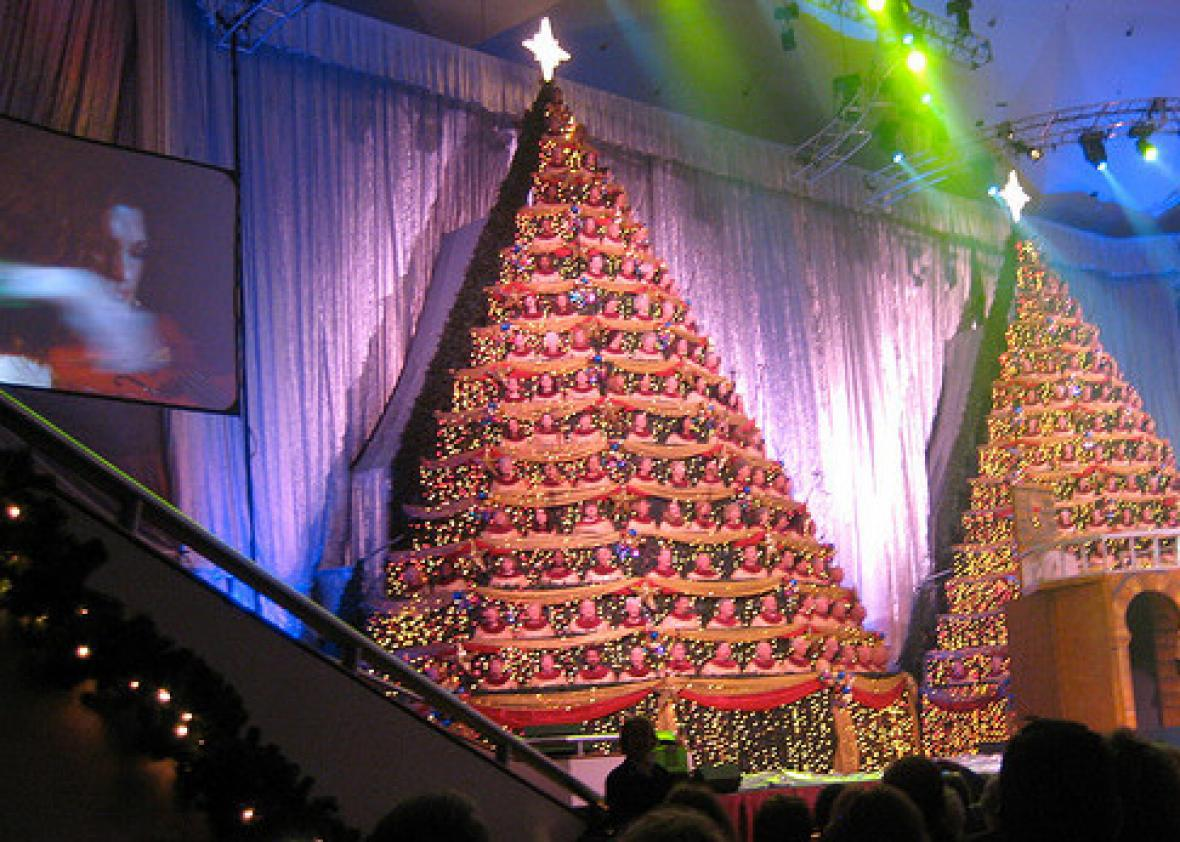 Singing Christmas Tree.The Singing Tree How Did Megachurch Christmas Spectaculars