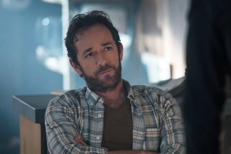 Luke Perry in a plaid shirt as Riverdale's Fred Andrews