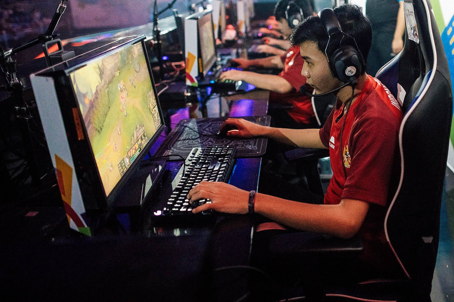 The Indonesian team competes in the eSports Round 6 Match 1 as an exhibition sport at the 2018 Asian Games in Jakarta on Tuesday.