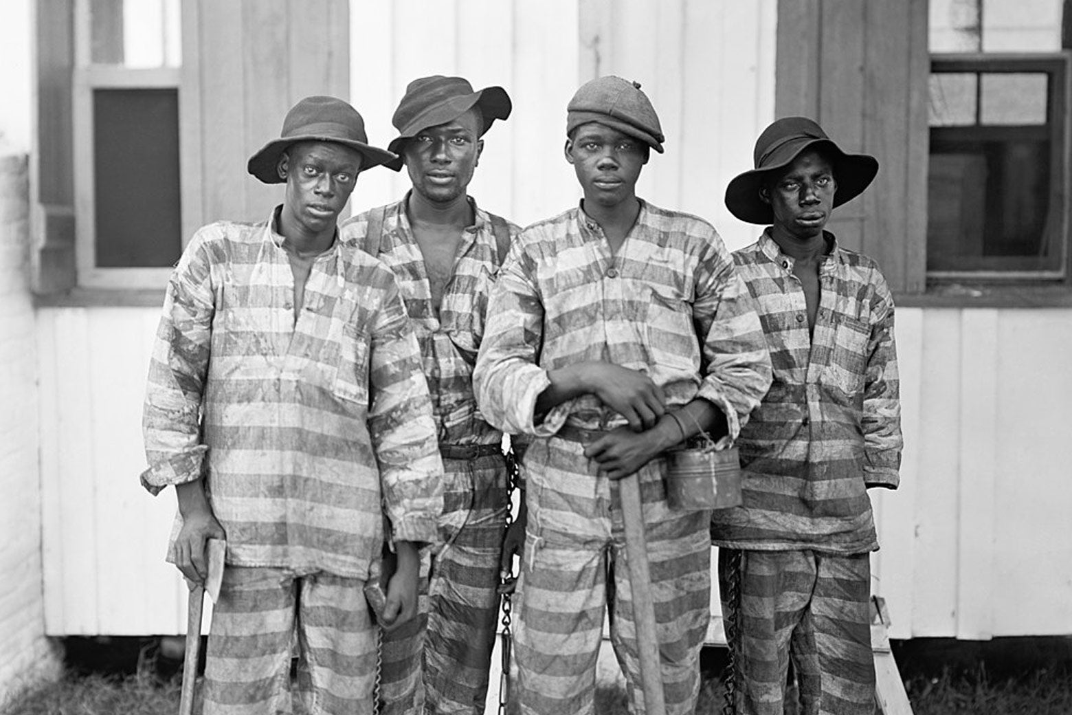 A Southern chain gang between from the 1900s