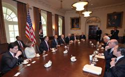 President Barack Obama meets with bipartisan leadership on fiscal policy. Click image to expand.