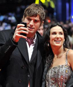 Ashton Kutcher and Demi Moore. Click image to expand.