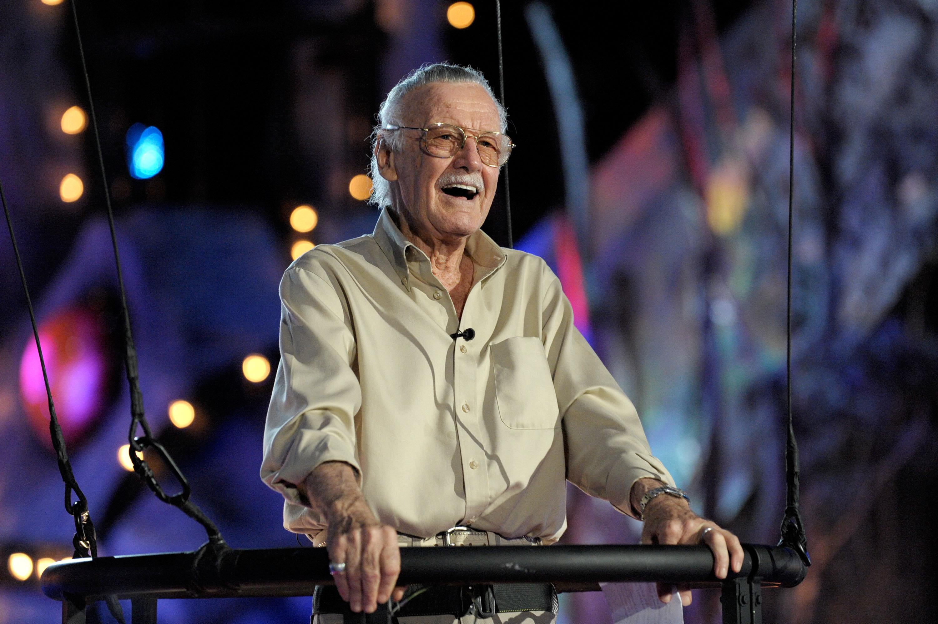 Stan Lee accepts the Comic-Con Icon Award onstage during Spike TV's Scream 2009.
