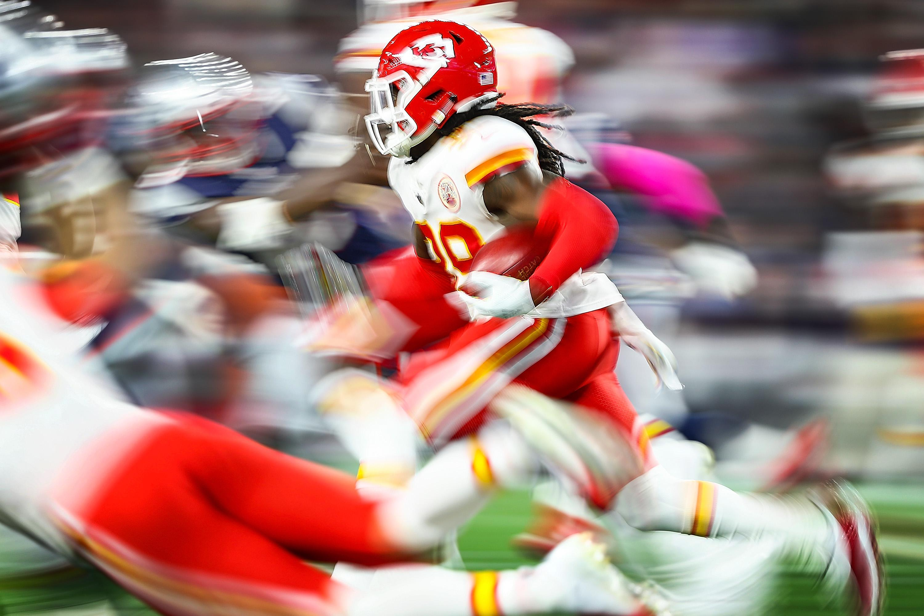 FOXBOROUGH, MA - OCTOBER 14:  Tremon Smith #39 of the Kansas City Chiefs runs with the ball in the third quarter of a game against the New England Patriots at Gillette Stadium on October 14, 2018 in Foxborough, Massachusetts.  (Photo by Adam Glanzman/Getty Images)