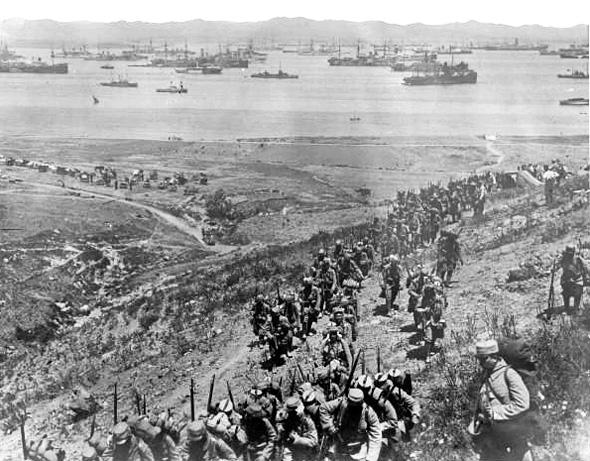 Landing of French troops in Moudros (Lemnos island) 1915