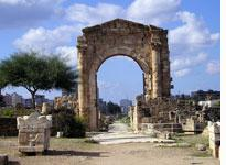 Roman arches at Tyre (Sur), about 90 minutes south of Beirut (click on image to expand)