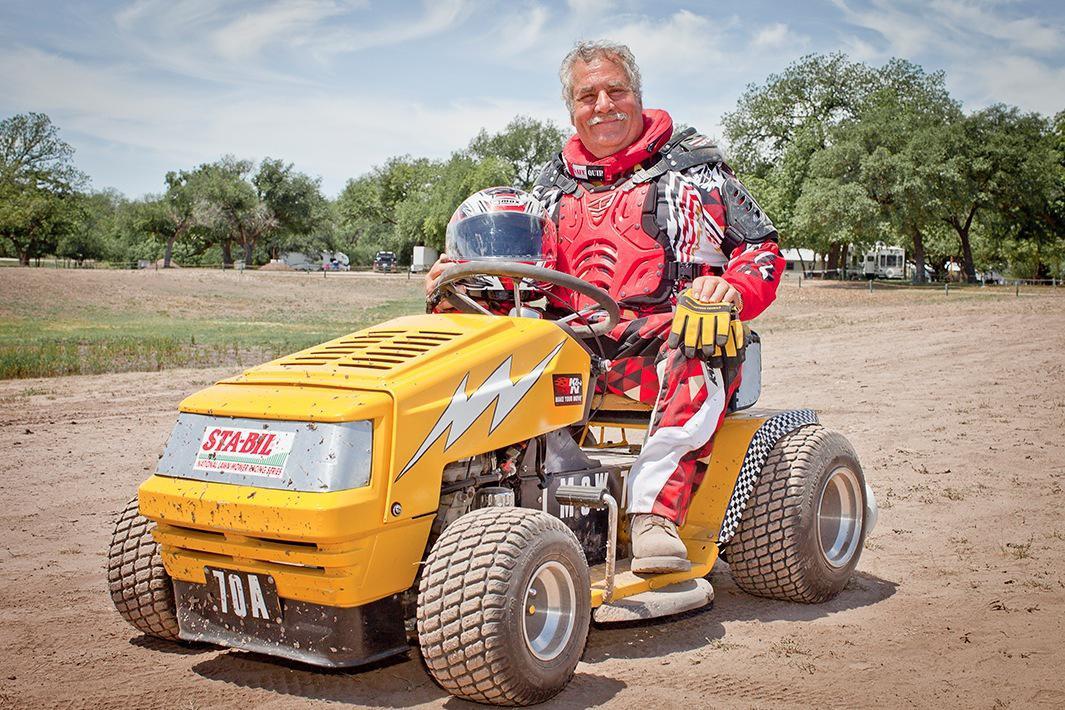 Lawn Mower Racing >> Jennifer Boomer Photographs Lawn Mower Races In Texas