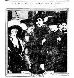 Anne Morgan (center) and Spugs in the New York Tribune, 1913.