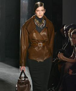 Donna Karan fashion show. Click image to expand.