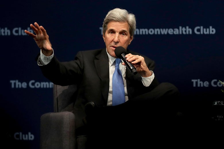 """John Kerry: Trump Has """"the Maturity of an Eight-Year-Old Boy With the Insecurity of a Teenage Girl"""""""