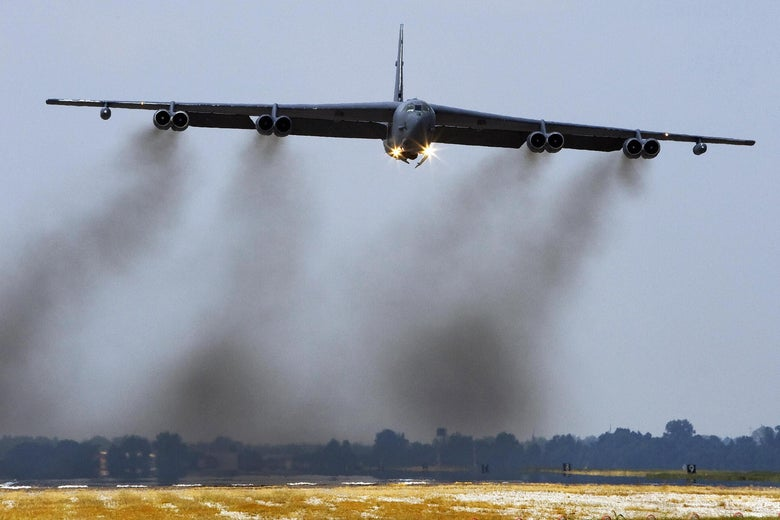 A B-52H long range bomber, part of the US Eight Air Force, 2nd Bomb Wing fleet, takes off 19 September 2007 from Barksdale Air Force Base in Louisiana.  The B-52H is the primary nuclear roled bomber in the USAF inventory. The bomber is capable of flying at high subsonic speeds at altitudes up to 50,000 feet (15,166.6 meters). It can carry nuclear or conventional ordnance with worldwide precision navigation capability.     AFP PHOTO/Paul J. Richards (Photo credit should read PAUL J. RICHARDS/AFP via Getty Images)