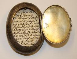 Snuff box. Click image to expand.