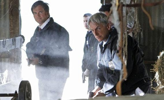 Mark Harmon and Michael Weatherly in NCIS.