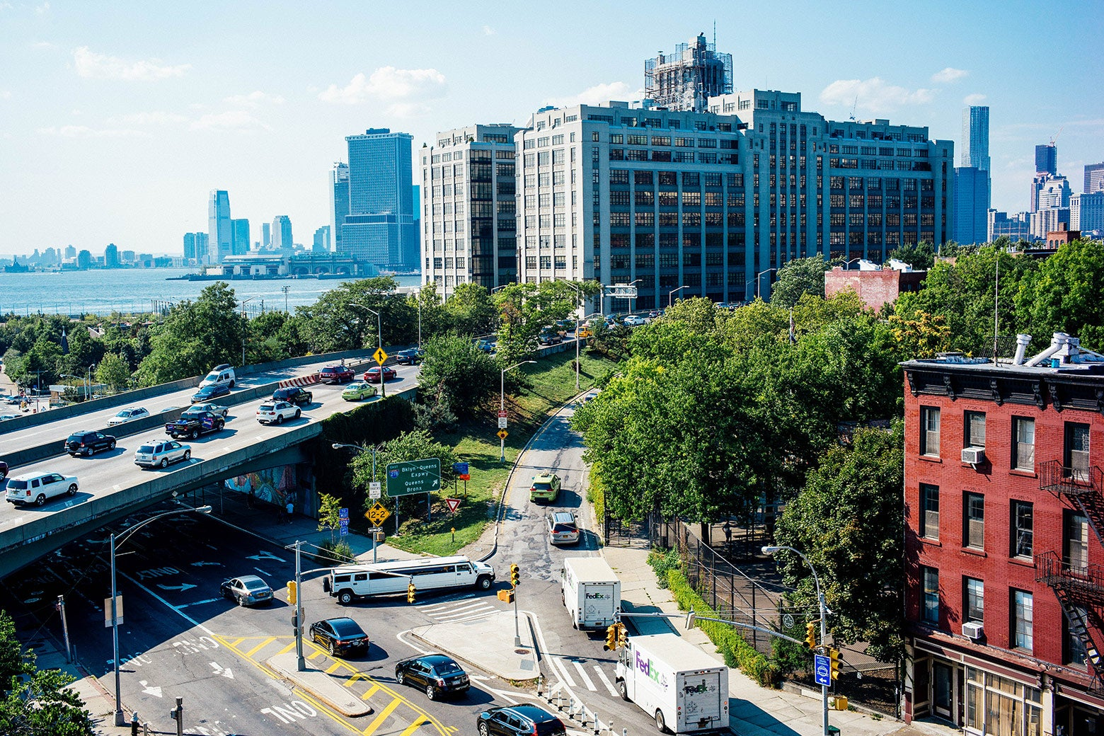 Vehicles enter the Brooklyn–Queens Expressway along Atlantic Avenue on Aug. 15, 2015 in Brooklyn, New York City.