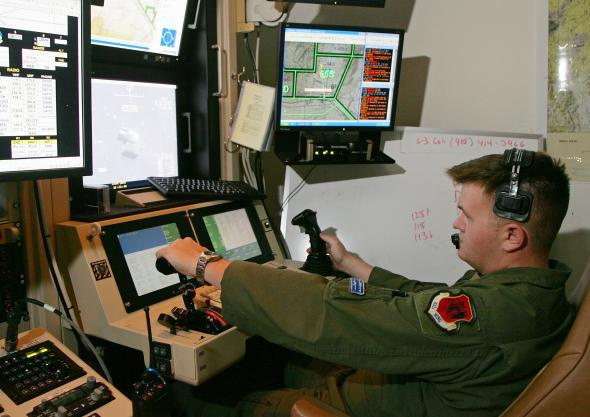 Air Force Drone Pilot >> Air Force Drone Pilot Recruiting Struggling
