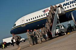 US army soldiers from Charlie Company upon their return qfter a 12-month deployment in Iraq.