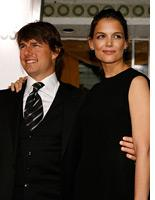 Tom Cruise and Katie Holmes. Click image to expand.