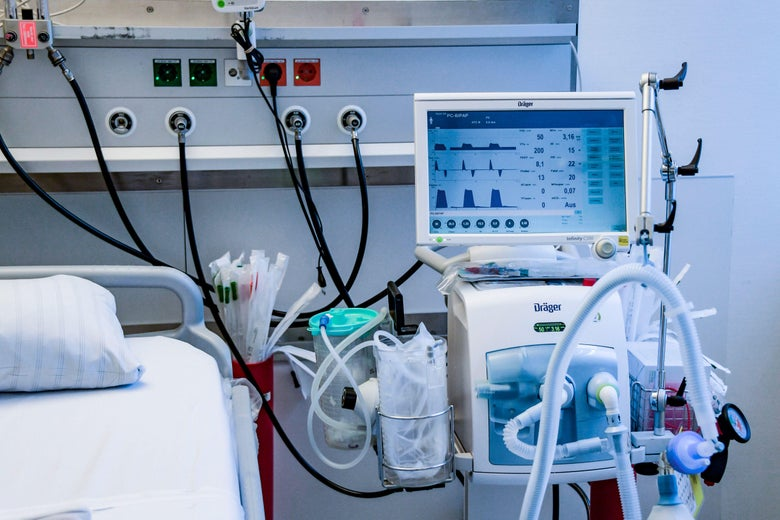 A ventilator during an instruction of doctors at the Universitaetsklinikum Eppendorf in Hamburg, on March 25, 2020.