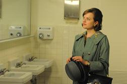 Peggy Olson (Elisabeth Moss). Click image to expand.