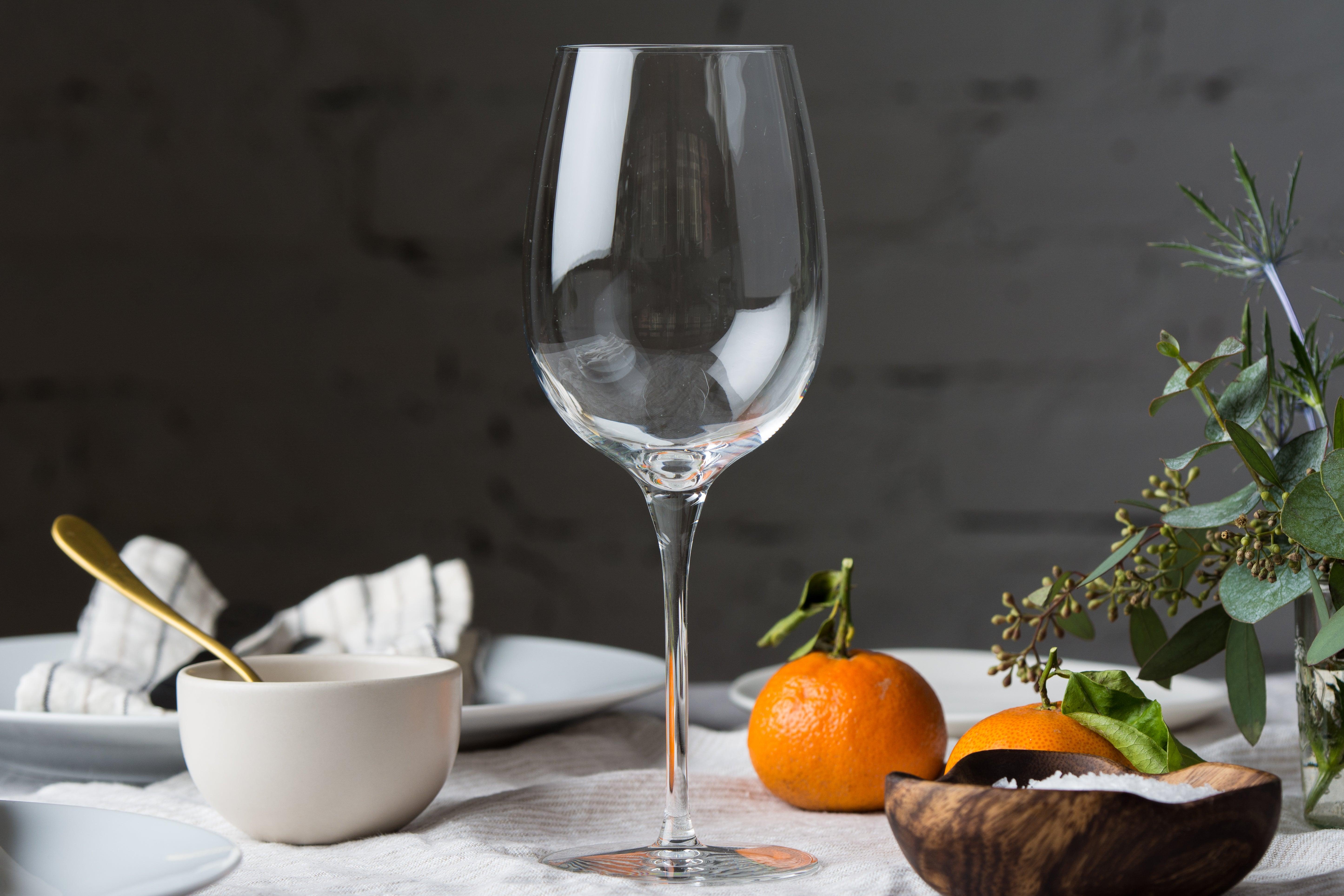Libbey Signature Kentfield Estate All-Purpose Wine Glass on a set table
