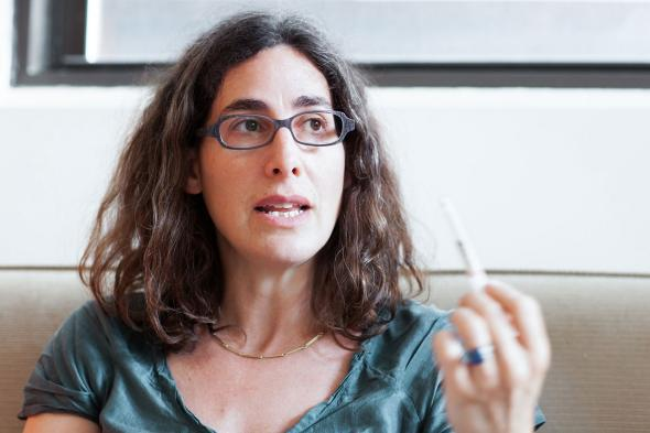 Sarah Koenig S Voice The Serial Host Played The Crowd Pleasing