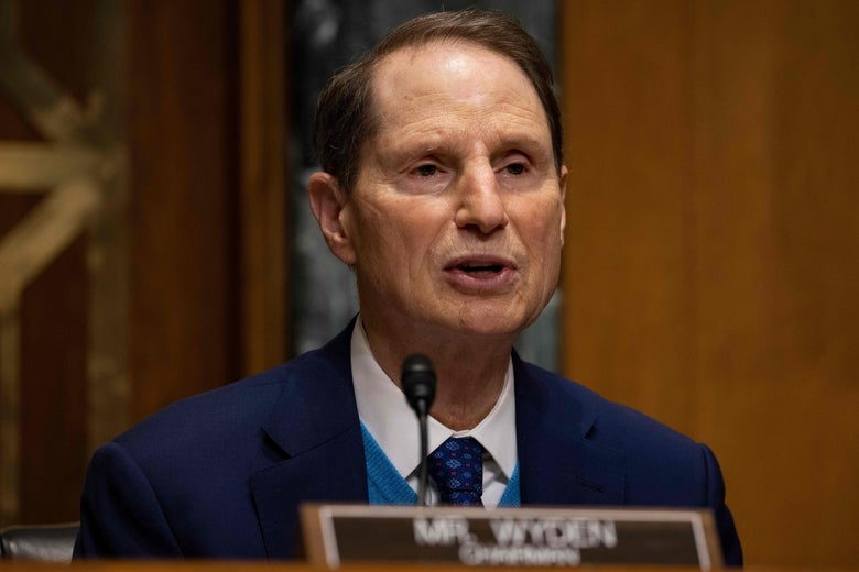 Ron Wyden at a hearing.