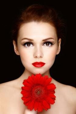 woman with red lips, red flower