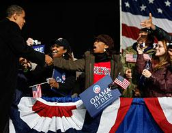 Barack Obama campaigns in Virginia Beach. Click image to expand.