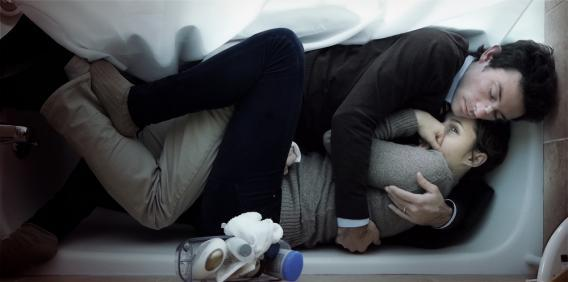 Shane Carruth and Amy Seimetz in Upstream Color