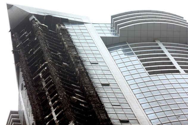 Fire Engulfs One of the World's Tallest Residential Towers in Dubai