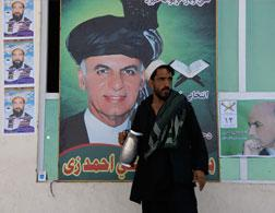 A Ghani supporter. Click image to expand.