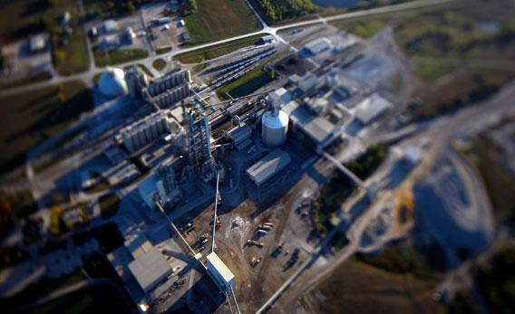 Aerial photo of Chanute cement kiln.
