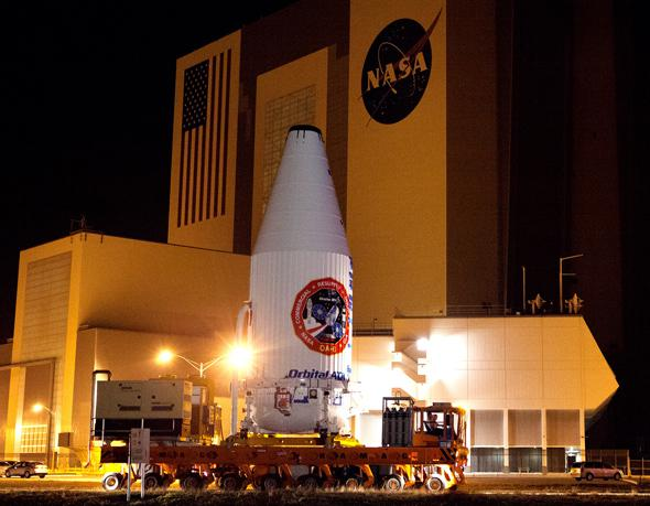 Cygnus Orbital ATK OA-6 Transport from PHSF to VIF