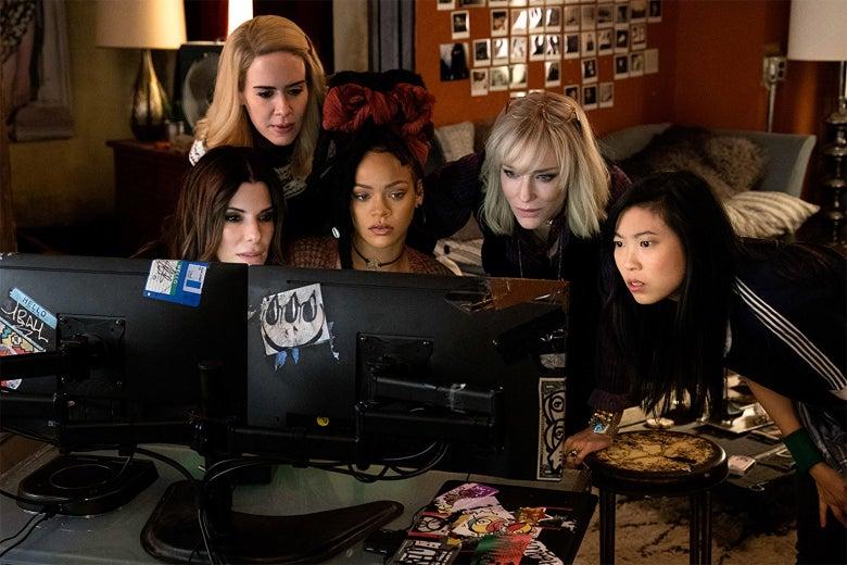 Sandra Bullock, Cate Blanchett, Sarah Paulson, Rihanna, Awkwafina in Ocean's 8.