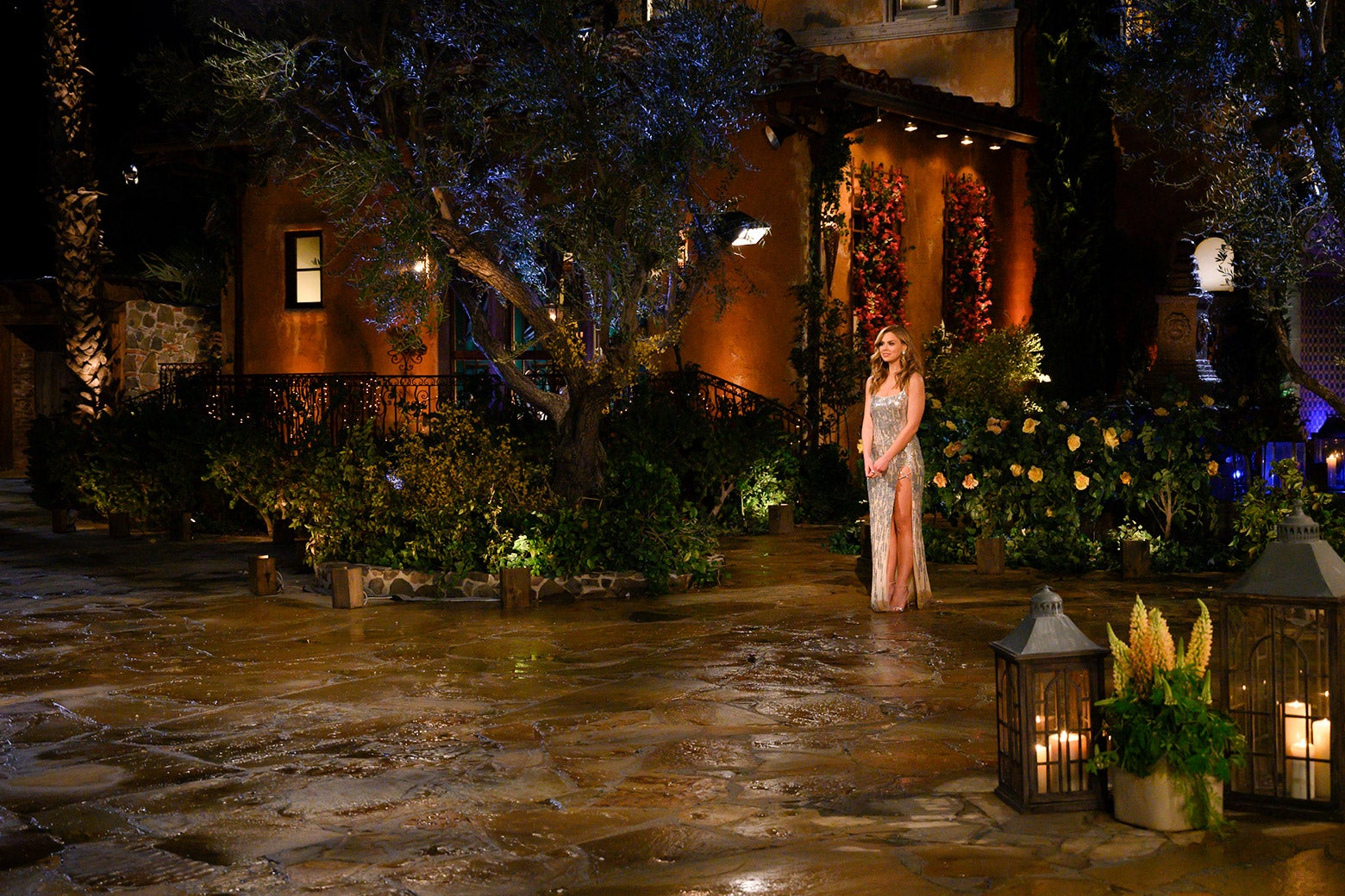 Hannah Brown stands outside the mansion on The Bachelorette.