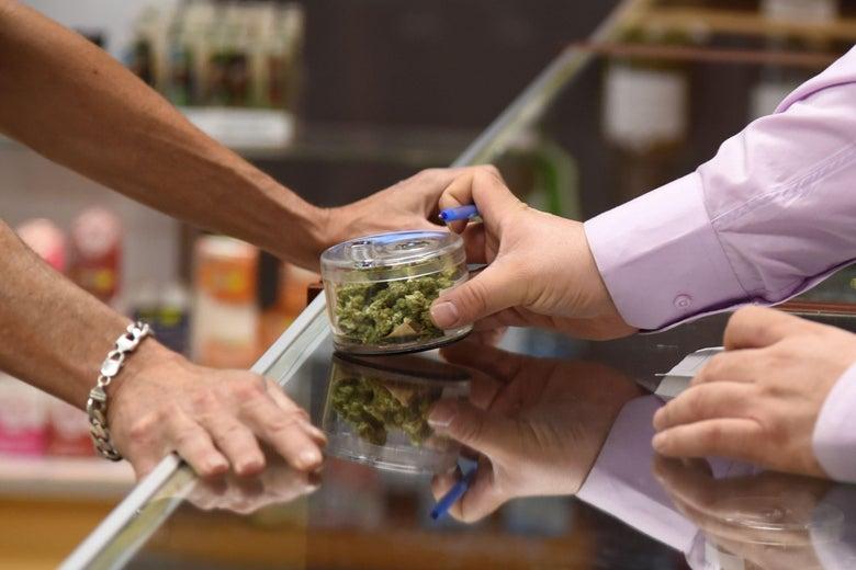 San Francisco Set to Dismiss Thousands of Marijuana Convictions Dating Back to 1975
