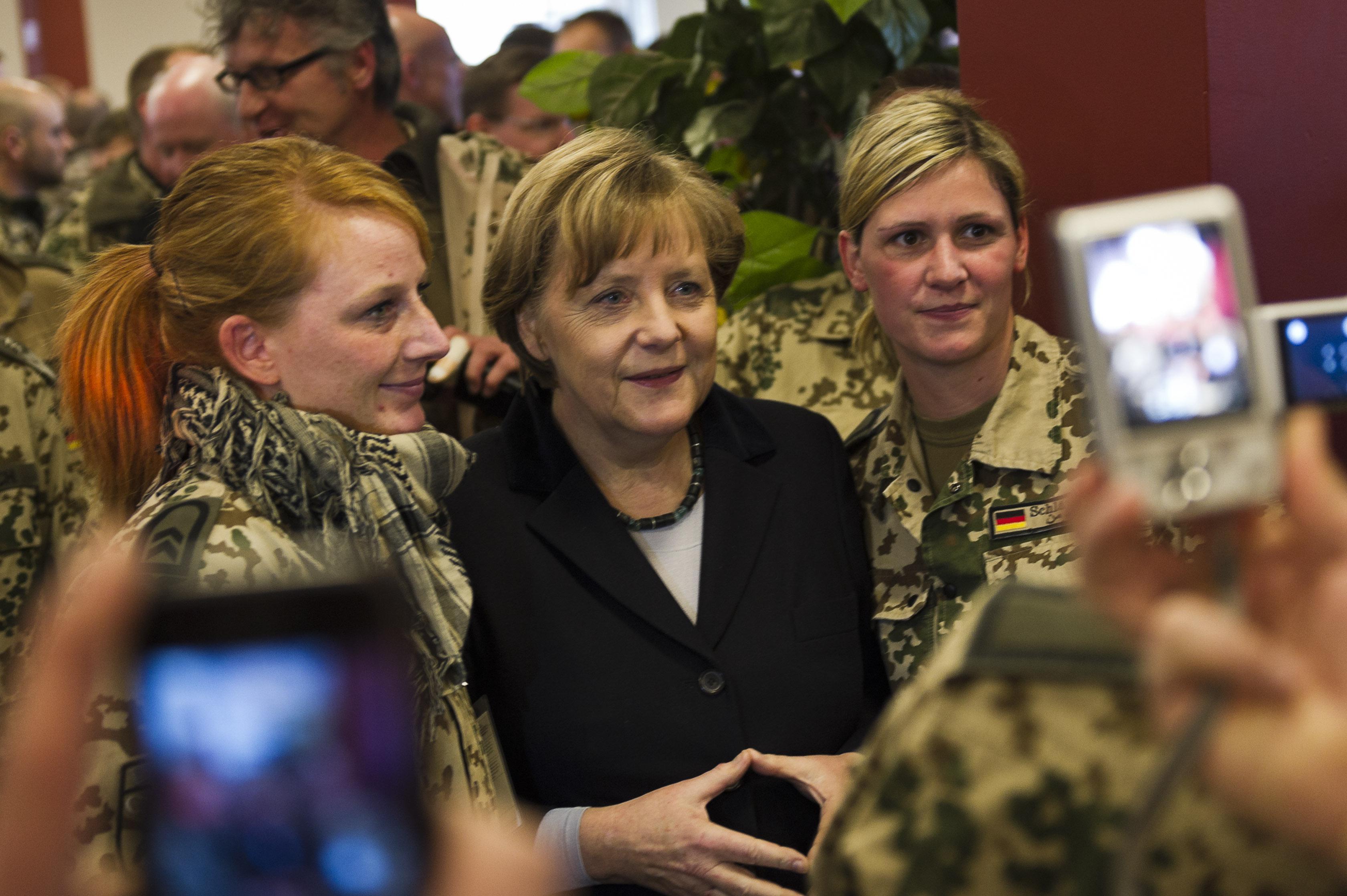 Angela Merkel meets with the Bundeswehr in Afghanistan