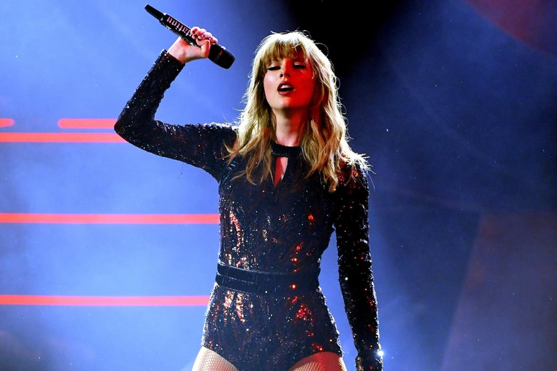 Taylor Swift, performing.