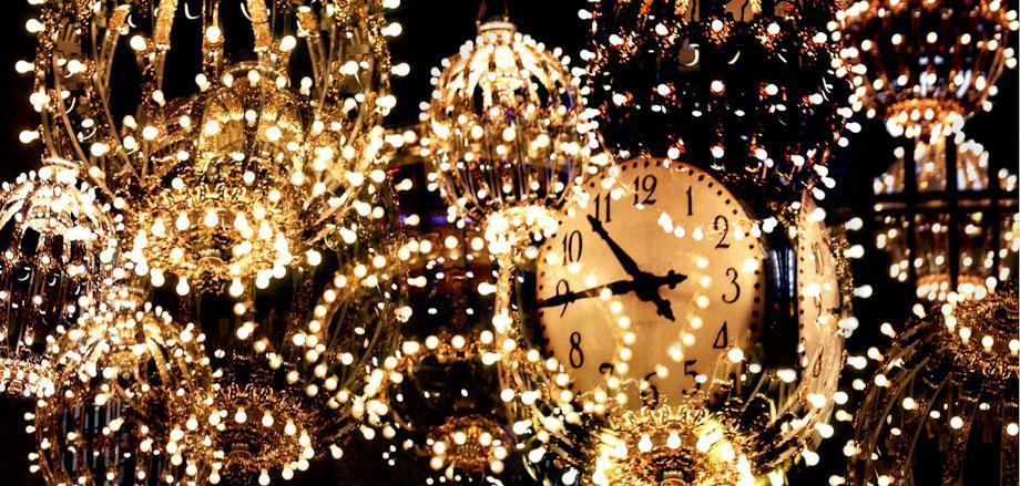 Jenny Okun. Grand Central Clock.
