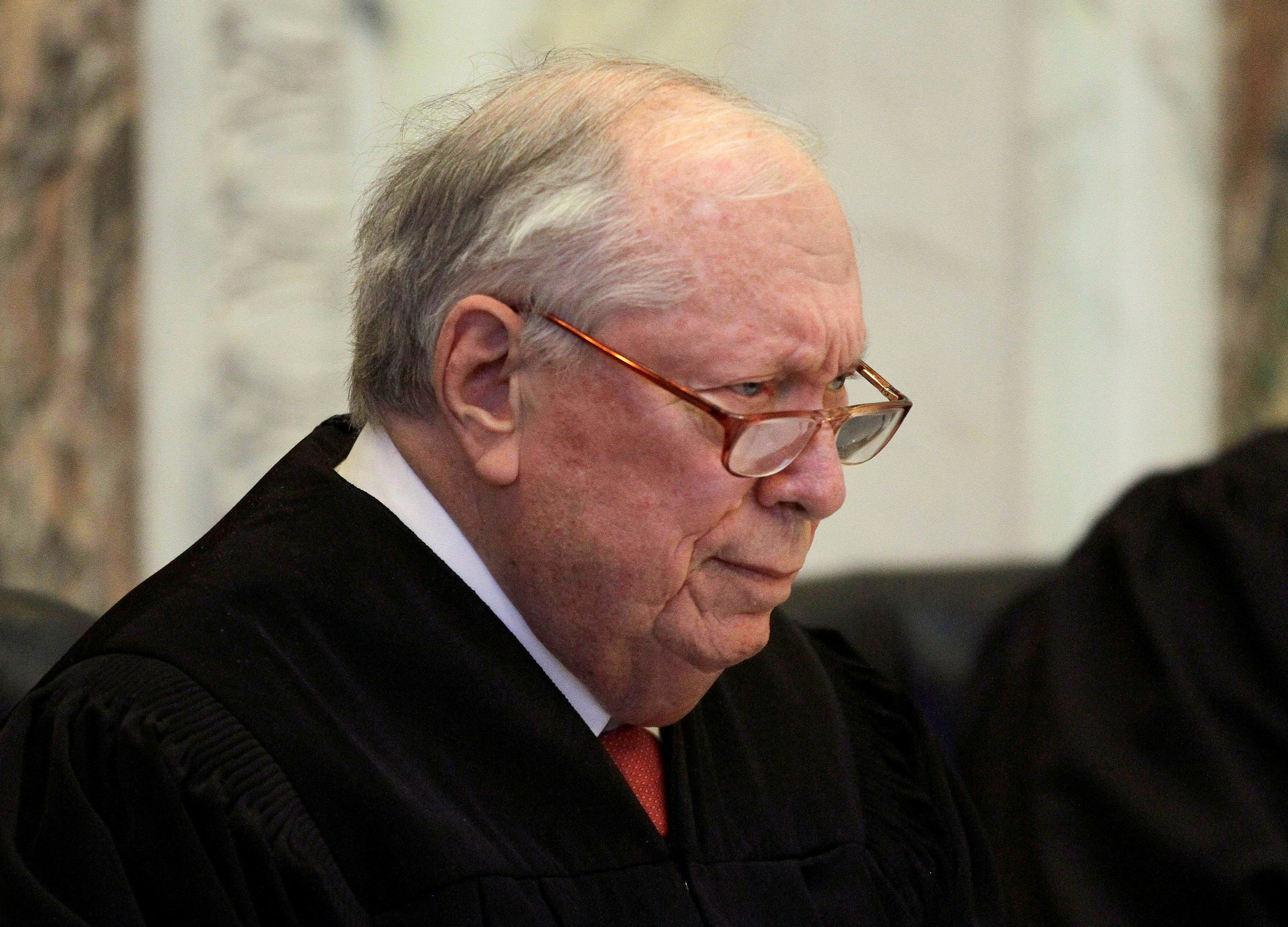 The late Judge Stephen Reinhardt listens to arguments during a hearing on California's Proposition 8 at the 9th Circuit Court of Appeals in San Francisco, Dec. 6, 2010