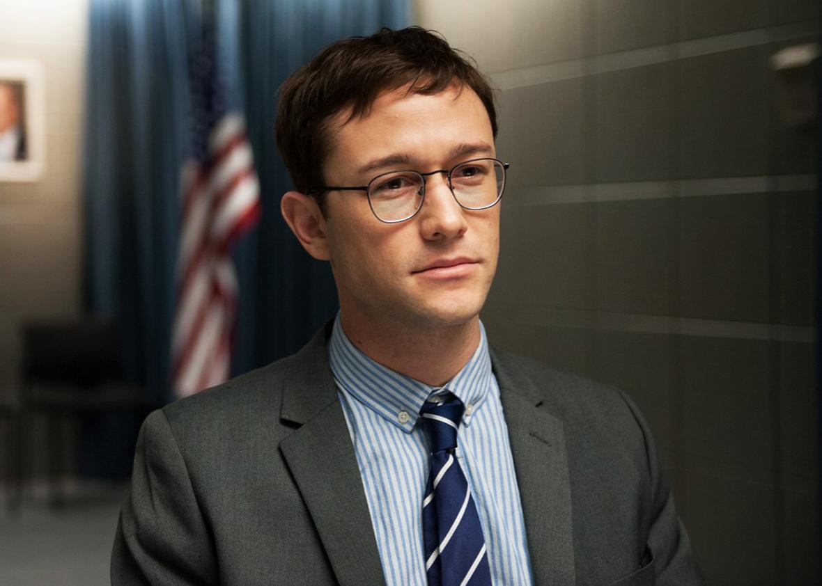 Joseph Gordon-Levitt in Snowden.